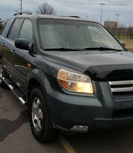 2006 Honda Pilot, comes with Arctic Altimax snows on steel rims