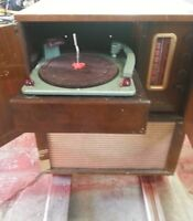"""Antique """"The Savoy"""" Cabinet Transistor Radio by Westinghouse"""