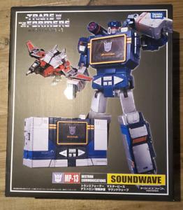 Takara Masterpiece MP-13 Soundwave (MP13)