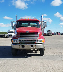 2004 Sterling , Excellant condition Dump truck with hitch