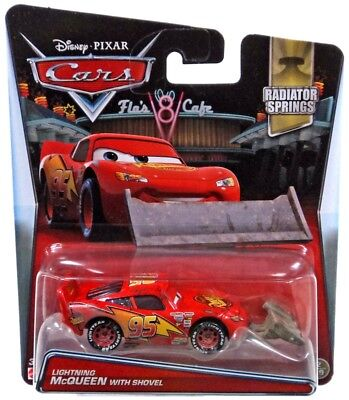 Disney Cars Radiator Springs Lightning McQueen with Shovel Diecast Car #2/19](Minnie Y Mickey Halloween)