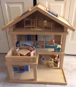 Wooden Doll House & extras