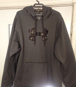 Under Armour Hoodie 3 XL