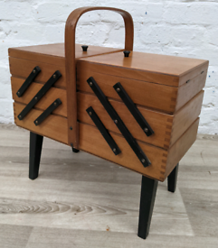 Mid century sewing box (DELIVERY AVAILABLE)