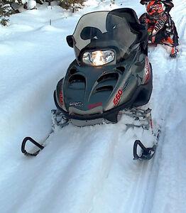 Motoneige arctic cat  660, 4temps,  touring Impeccable Saguenay Saguenay-Lac-Saint-Jean image 4