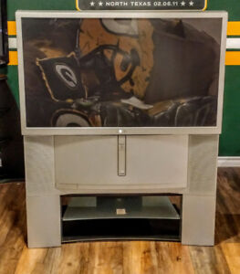 """Sony 46"""" Rear Projection 46"""" T.V. Excellent Condition $75 O.B.O"""