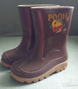 Winnie the Pooh Rubber Boots Size 8