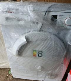 Avantixx White 8kg Freestanding Condenser Tumble Dryer