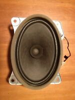 Rear speaker from 2010 corolla (6x9) - REDUCED
