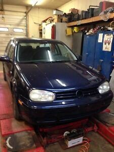 Parting out 2003 VW Golf