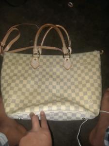 Louis Vuitton purse light new