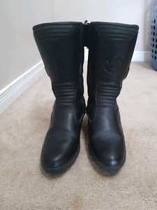 Womens oxford motorcycle riding boots (size 8.5-9)
