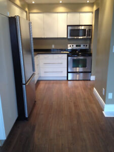 TOWNHOUSE,3BEDS,1.5 BATHS,FINISHED BASEMENT,APPLIANCES,A/C,GARAG