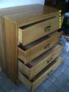 4 DRAWER DRESSER SOLID WOOD