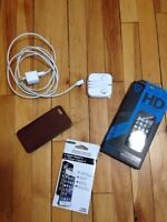 Iphone 5 White and silver 16GB near mint