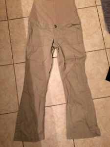 2 Pairs Casual Maternity Pants Kitchener / Waterloo Kitchener Area image 3