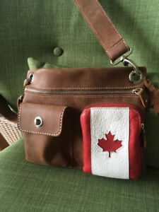 Roots Canada Leather Cross-over Purse