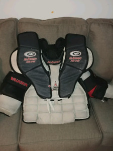 Goalie chest gear