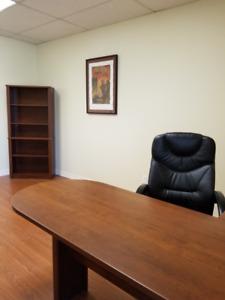 Ensemble de poste de travail et meubles de bureau avec chaise