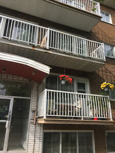 41/2,fully renovated,heated,Ahunstic