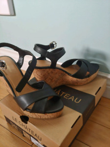 LeChateau size 8 Strapy wedges