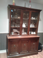 WOODEN CHEST/CABINET