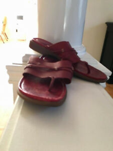 Women Timberland leather Sandals in Excellent Condition. Size 9