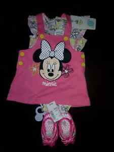 Brand new 2pc Minnie Mouse 3-6 + Pink 3-6 mth Sandal
