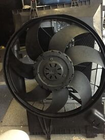 Mercedes A203 500 1693 radiator fan