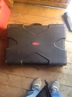 SKB pedal board/case