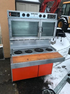 Tappan 400 Hundred Antique Oven Combo - Everything works