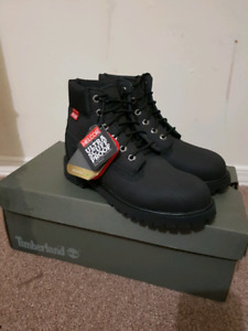 Brand new youth Timberland boots size 2