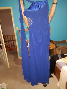 Many Dresses, EXCELLENT condition - $15 each!!!