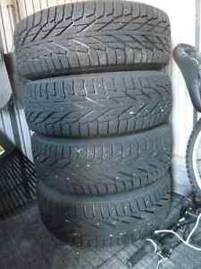 Four 245/65/17 Hakkapeliita (Nokian) R2 SUV Winter tires & rims Peterborough Peterborough Area image 1