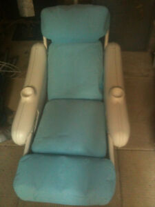 Swimming Pool Lounger .....Great Condition!