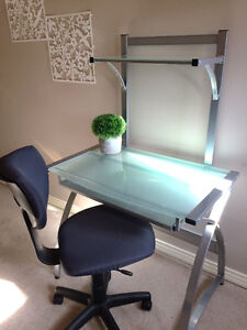 Silver/Glass top Computer desk 2 tier Plus Office Chair