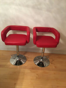 Tabourets Rouge (2) / Red Bar Stools (2)