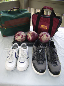 5 Pin bowling shoes and balls like new!