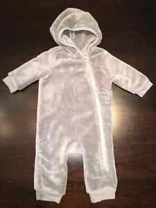 3-6 Mths Old Navy Grey Microfiber Pramsuit - Excellent Condition