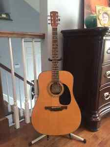 Alvarez DR8 Solid Spruce Top Acoustic! Sell / Trade!