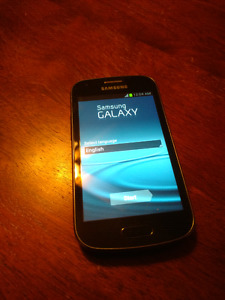 Cellulaire Samsung Galaxy ACE II GT-S7560M Bell