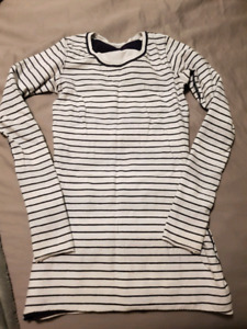 Lululemon size 6 tops hoodies