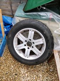 Mitsubishi Shogun sport alloy and good tyre