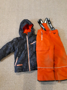 Boys size 5 snowsuit
