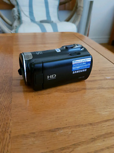 Samsung HMX-F80 video camera