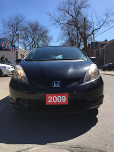 2009 Honda Fit DX-A ***NO ACCIDENT***LOW KILOMETERS***