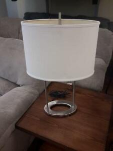 *** USED *** ASHLEY MAISIE LAMP (2/CN)   S/N:6136339   #STORE509