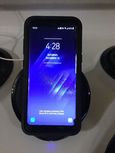 Samsung S8 64GB + Otterbox + Wireless Fast Charge Dock