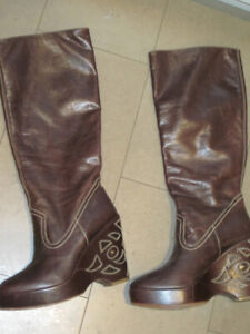 Gorgeous wedge brown Kenneth Cole knee high boots- Size 8.5