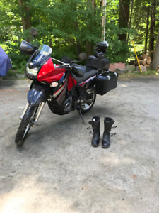 2010  KLR 650 Never off Road with Great Gear!